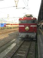 鳥栖から終点・長崎まで牽引してきた電気機関車「ED76-92」《080311長崎駅にて撮影》