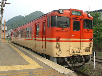 播磨新宮08:43発佐用行き普通列車。キハ40系40形単行ディーゼルカー