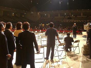 乾杯の儀式を前にした「第九ひろしま2008」合唱団団長の挨拶《081221撮影》