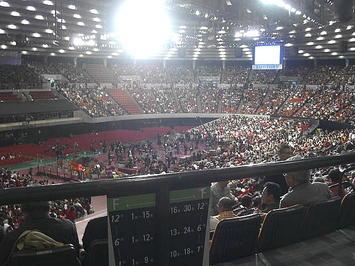 総合リハーサルが行われた大阪城ホール場内。休憩中の様子。