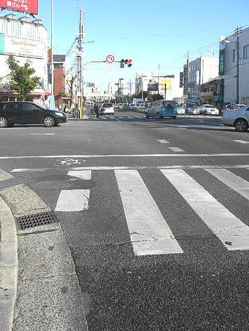 大阪市生野区=大池橋交差点