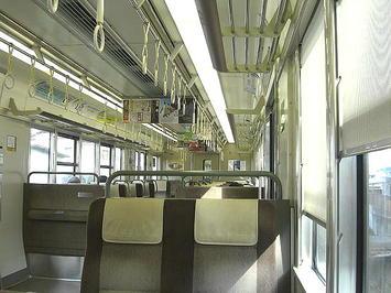 播州赤穂で折り返しとなった野洲行き新快速(223系車両8両編成)の車内。がら空きだった《091219撮影》