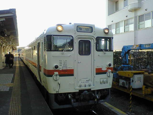 亀山行き普通列車…
